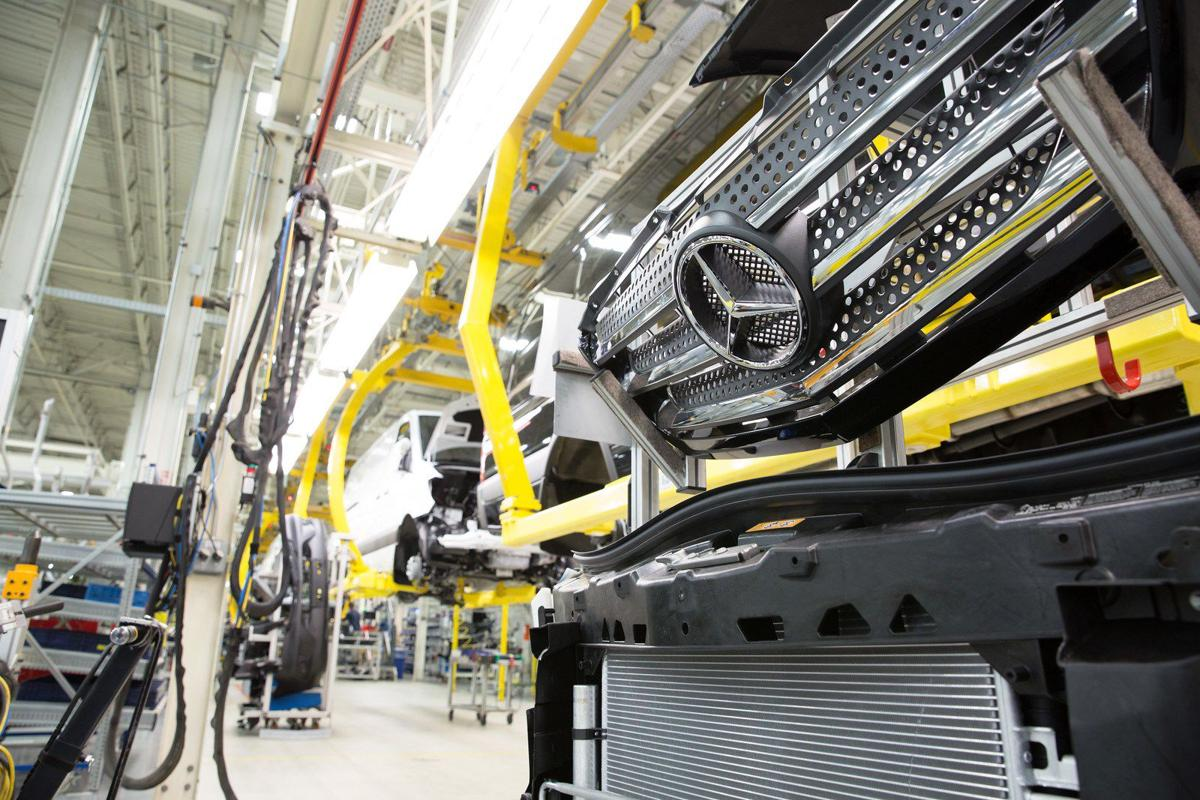 Mercedes benz vans chief north charleston plant already for Mercedes benz manufacturing plant in usa