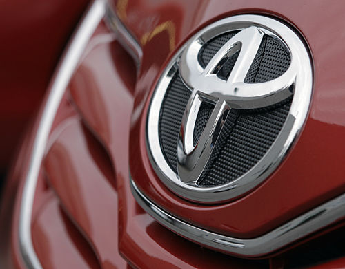 Toyota faces federal probe