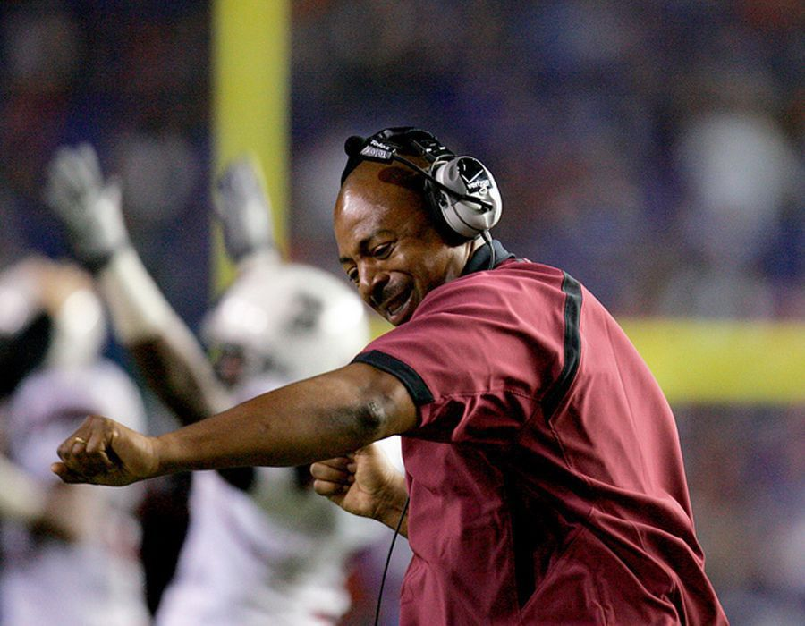 Staff changes elsewhere add to USC heat