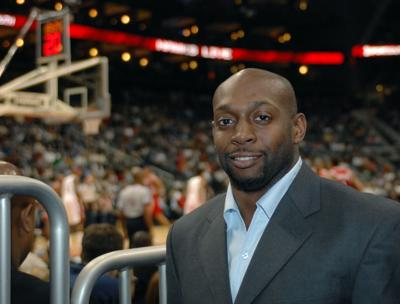 2011 domestic dispute led Anthony Johnson to withdraw from College of Charleston coach search