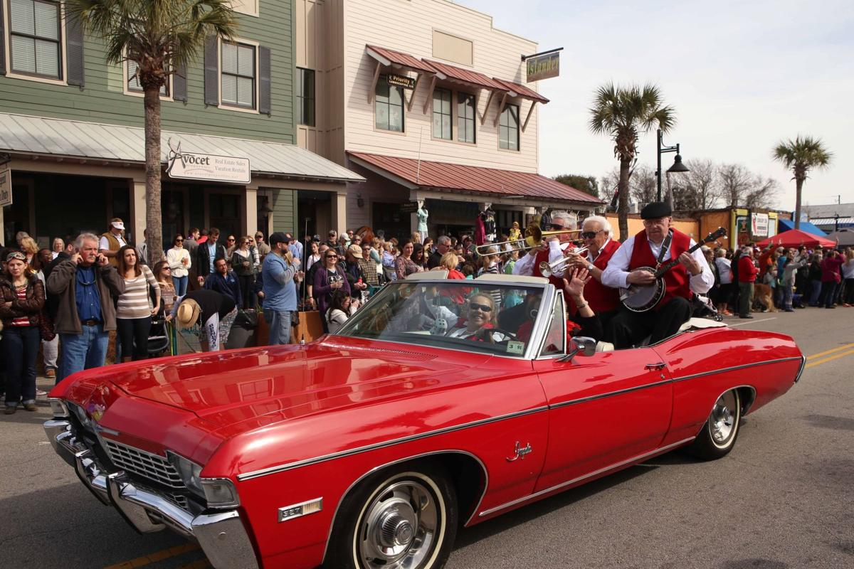 Tire-smoking burnouts, motorcycle wheelies banned from Folly Gras parade