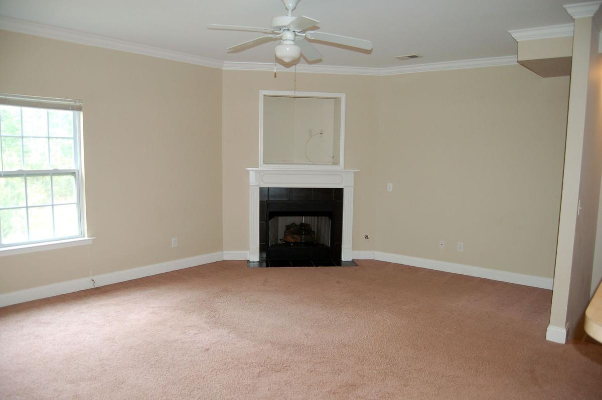 4106 BABBITT ST. — Up-to-date interior, pond view sets apart townhome for lease in Ashley Park