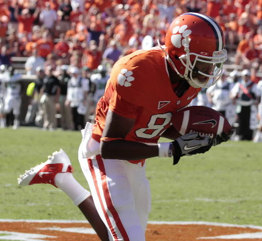 Eight receivers see action in Clemson's win