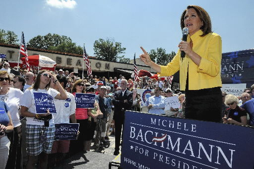 Bachmann gets heckled, attacks Buffett in Spartanburg