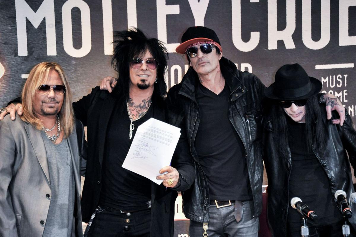 Motley Crue Retiring Plans 72 Goodbye Concerts With Alice Cooper Charleston Scene Postandcourier Com