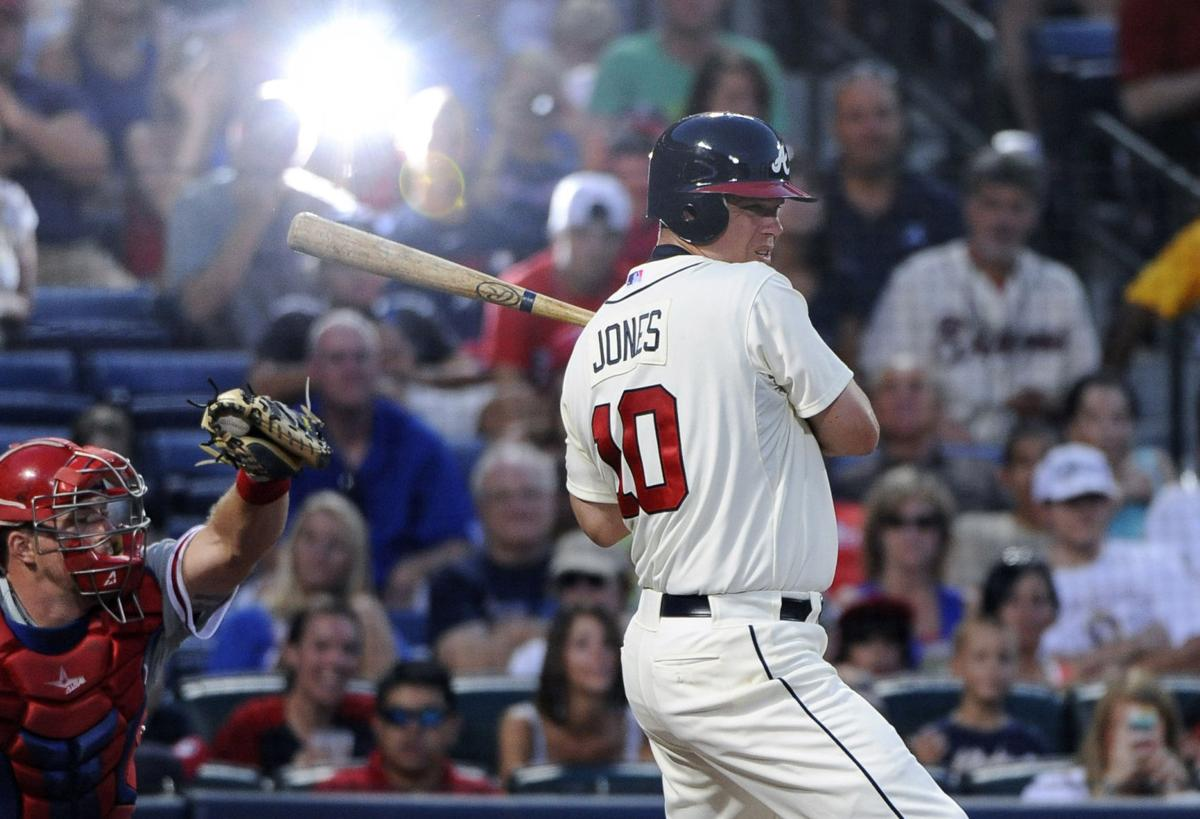 Braves edge Phillies
