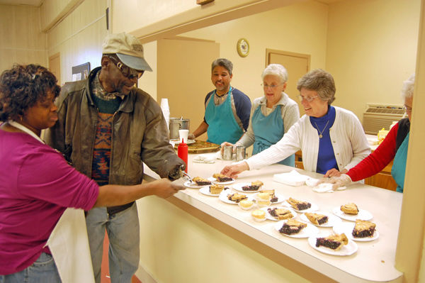 Two programs reach out to needy in Charleston, on Sea Islands