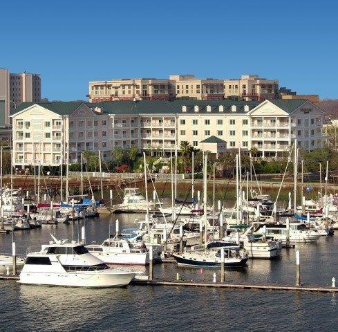 Courtyard Marriott Charleston Waterfront  exterior