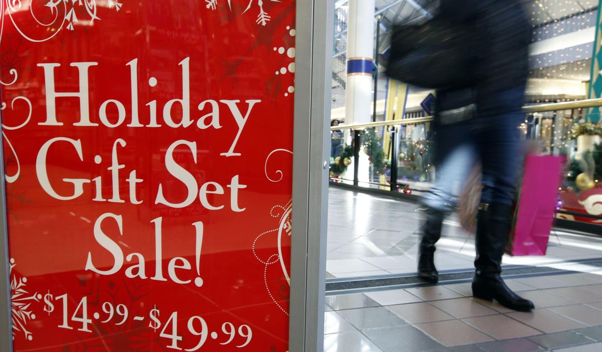 Slower holiday sales growth predicted for 2013