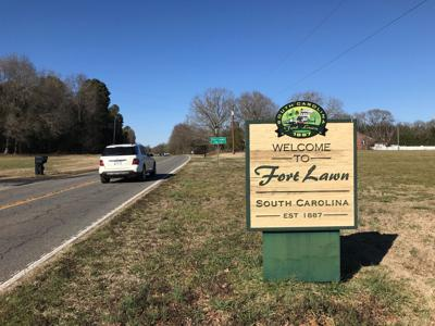 Fort Lawn sign