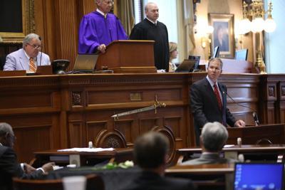 Sen. Thurmond calls for banner's removal