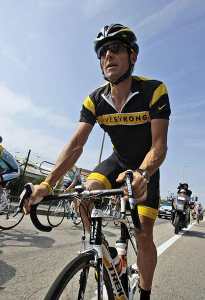Prosecutors close Lance Armstrong inquiry with no charges filed