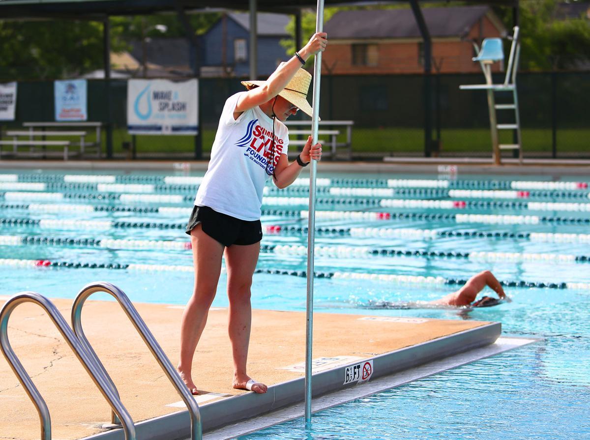 Charleston 39 s martin luther king jr pool to remain open as - Martin luther king jr swimming pool ...