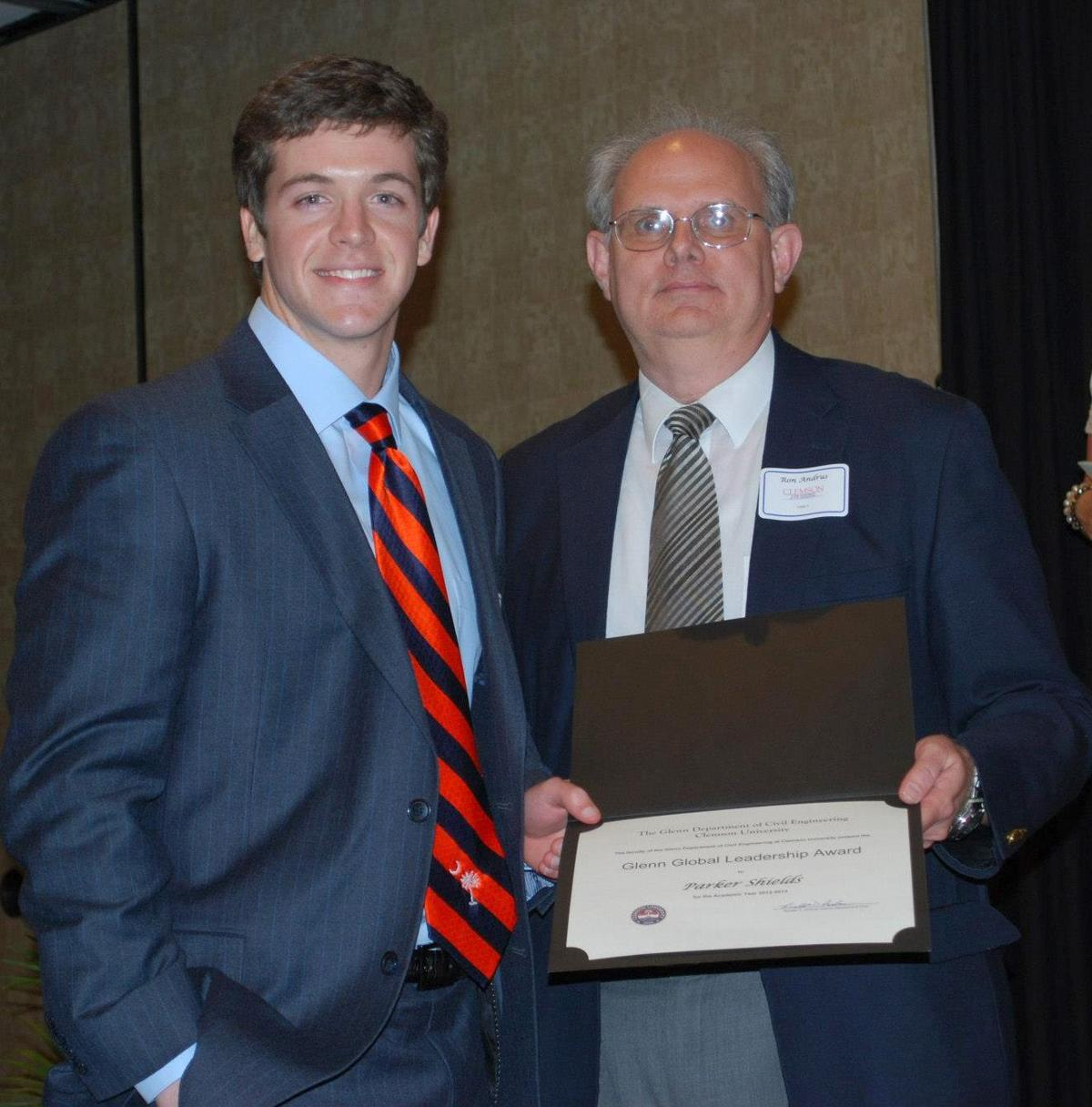 Wando grad wins research award