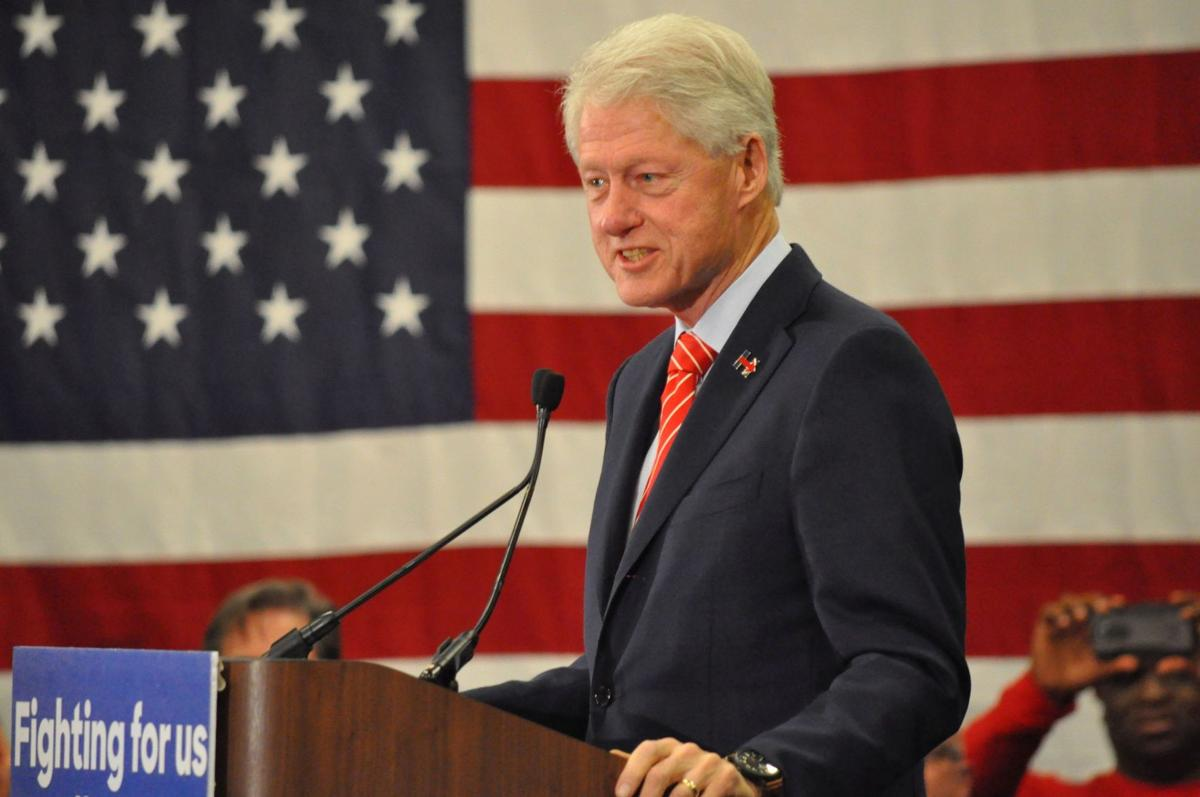 Bill Clinton ambushed by Benghazi protesters in Bluffton
