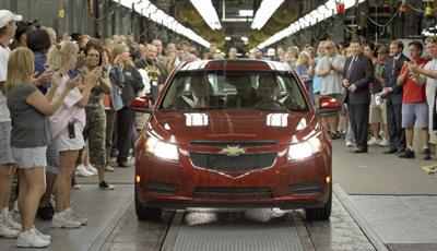 Cruze pushes GM to $3.2 billion quarterly profit