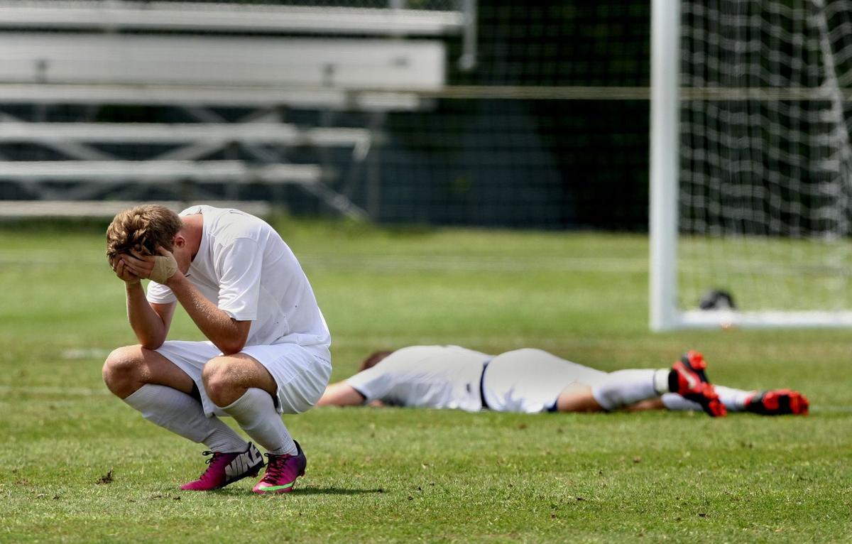 Pinewood boys soccer vs. Cardi