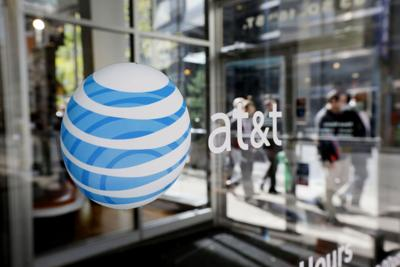 AT&T to sell toll-free service for wireless data
