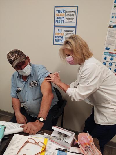 smithmedicalclinicvaccine.jpg
