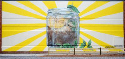 New mural celebrates the 'birthplace of sweet tea' October 2018