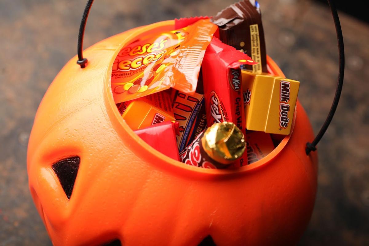 Halloween-themed events creep back into weekend fun