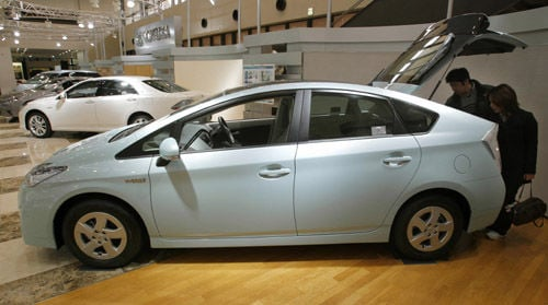 Toyota still mum on any recall of Prius