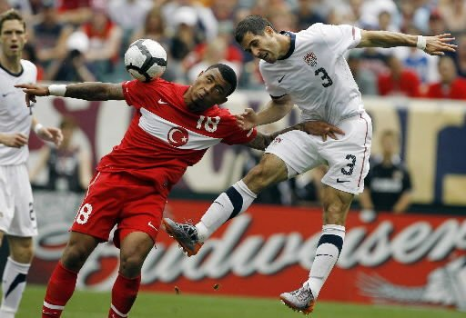 U.S., England meet day after World Cup opens