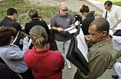 Feds target foreclosure auction scams