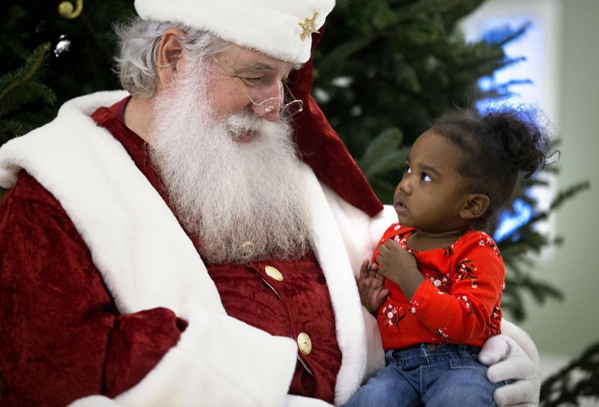 Santa awe.jpg