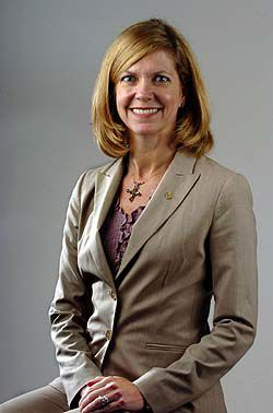 West Ashley native makes her mark in demanding job of bank president