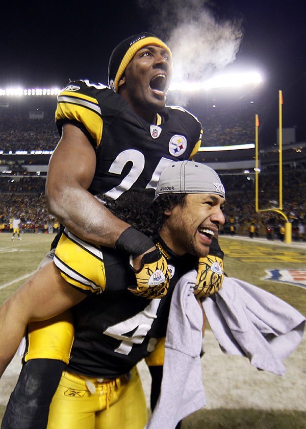 Steelers relish surprising role of underdogs