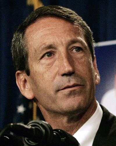 Sanford signs broad illegal immigration law