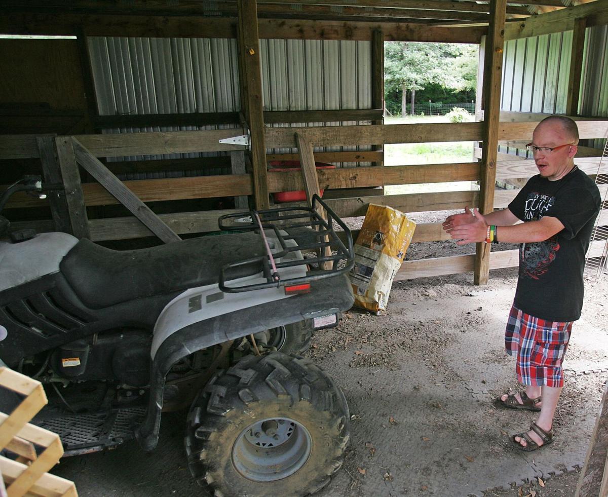 Public offers to help replace stolen golf cart