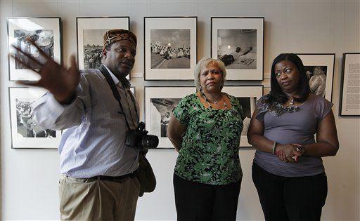 Newspaper's revelation rocks photographer's family