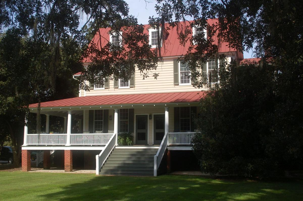 One of South Carolina's oldest plantations sells for $13.25 million Historic Plantation Homes Sale Html on historic plantation houses, historic plantation homes in louisiana, historic plantation homes in texas, historic homes in alabama book, historic plantation homes in the south, old planation homes sale,