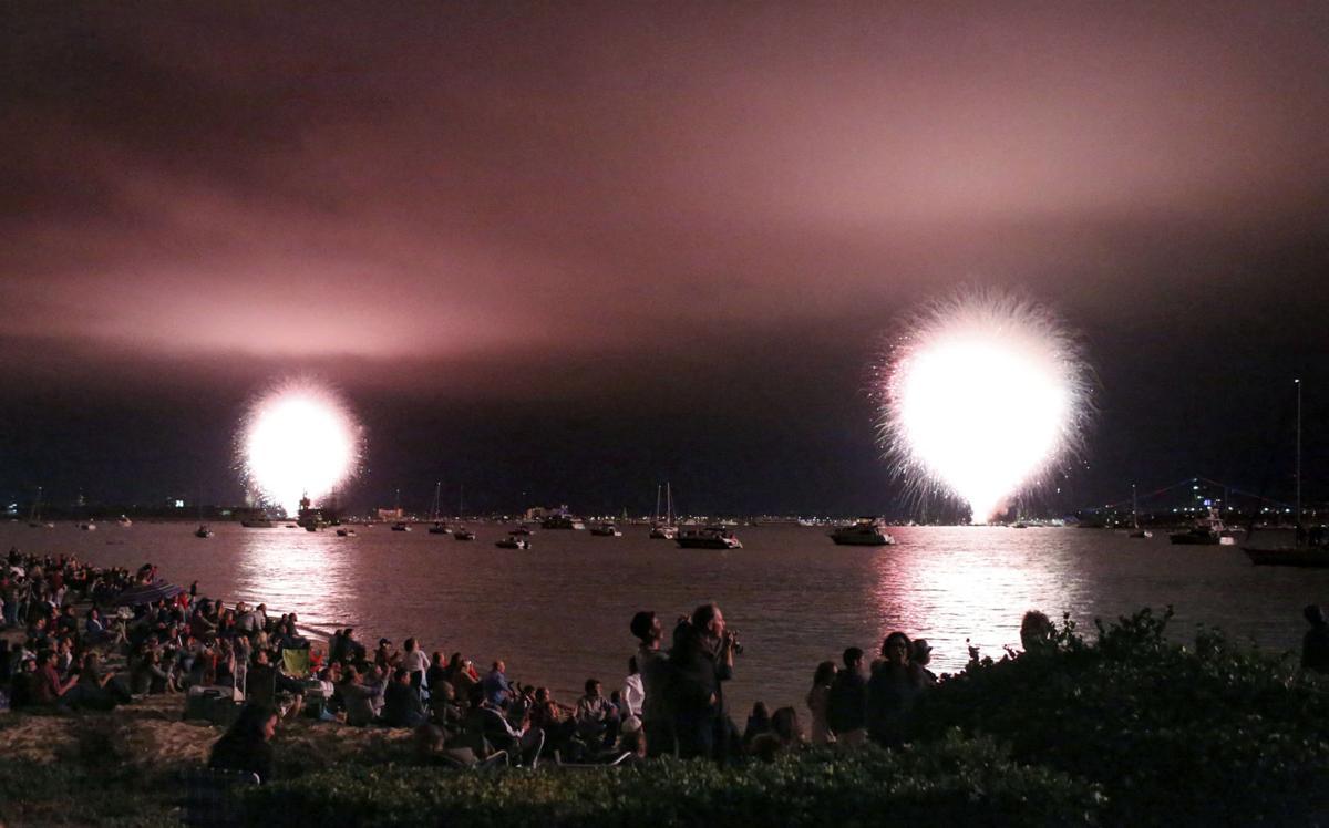 San Diego fireworks malfunction in big, fast flash