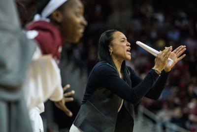 Unbeaten USC women play at Vanderbilt
