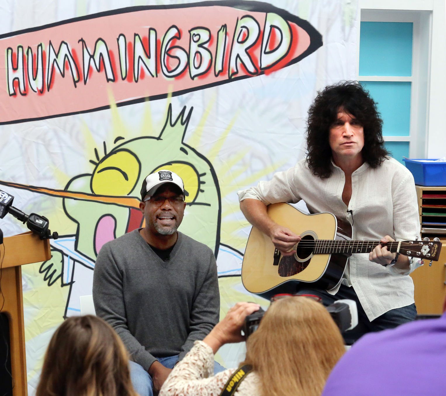 Tommy Thayer: Plenty of buzz about Ernest Hummingbird