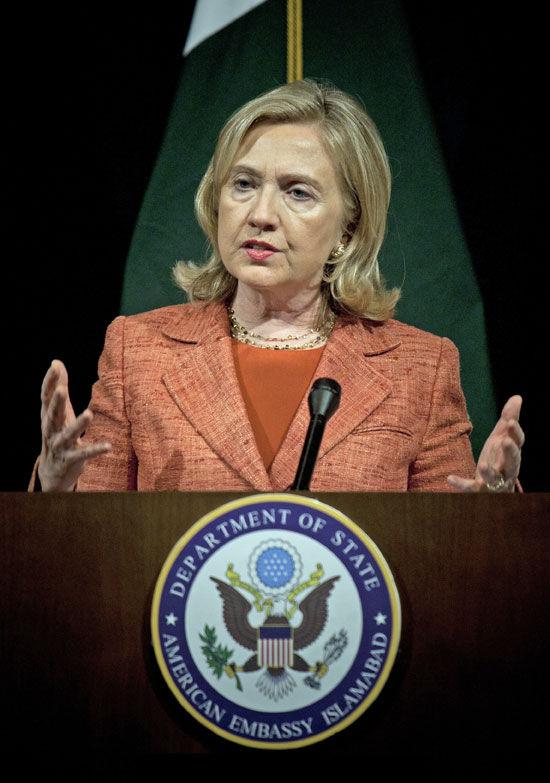 Clinton: Pakistan must make choice