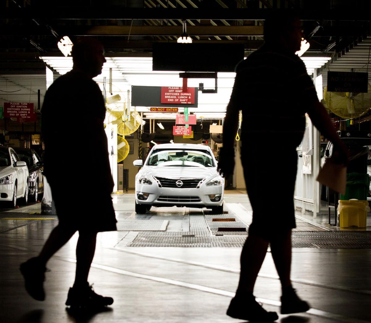 Nissan to add shift, 800 jobs at Tenn. plant
