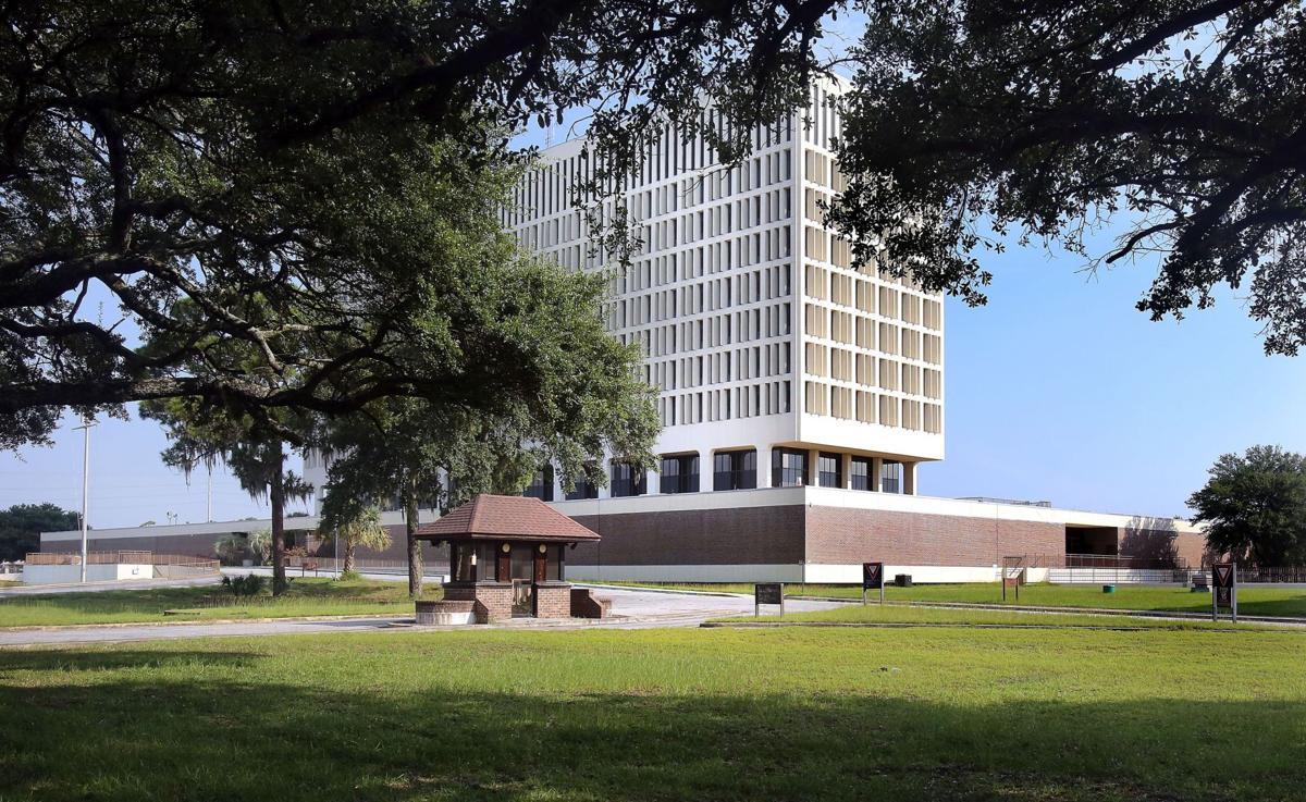 Former Charleston Naval Hospital goes into foreclosure, stops development plan