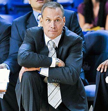 College of Charleston introduces Wojcik as new men's basketball coach