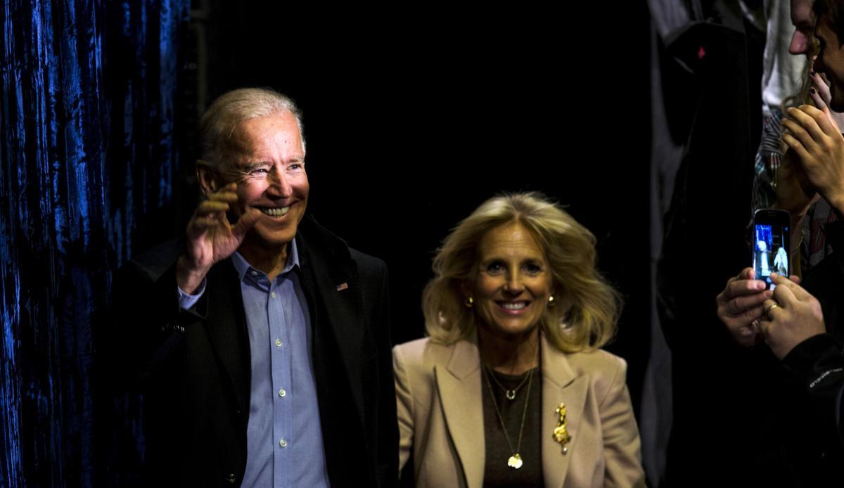 Romney pounces on Biden's Libya comment