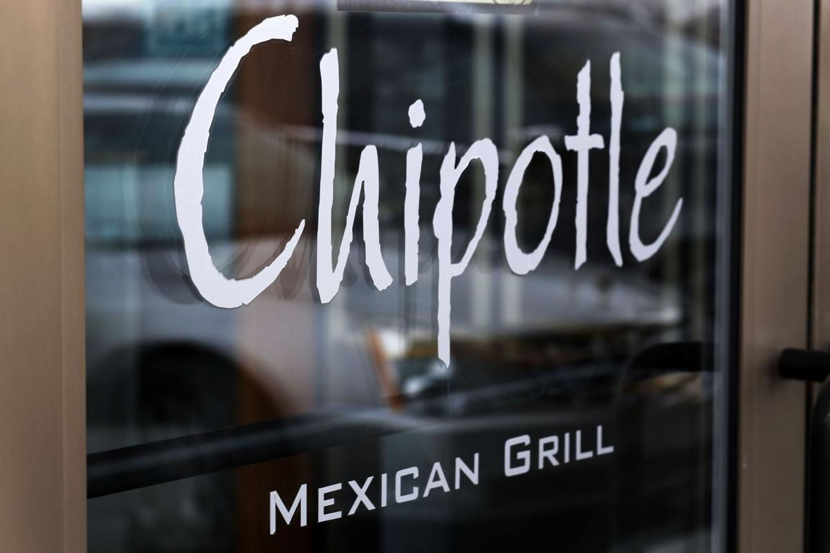 Chipotle finishes removing GMO ingredients from its food