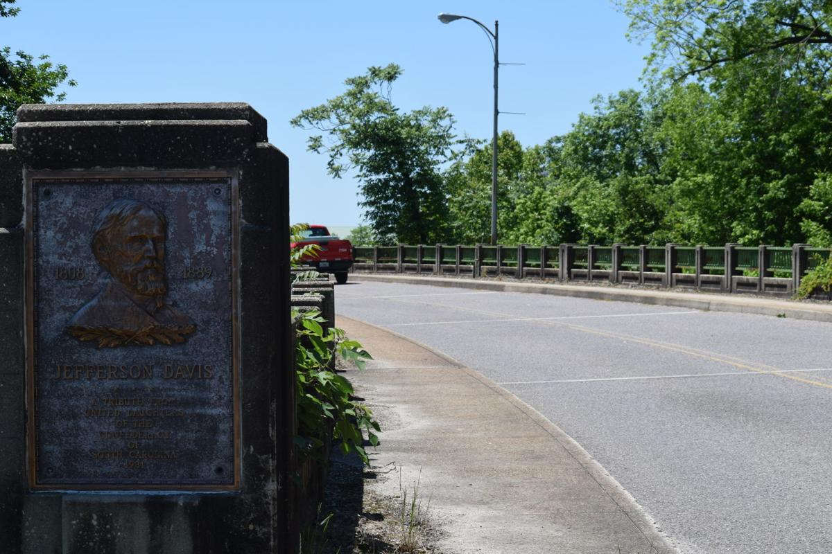 Fifth Street Bridge 88.JPG