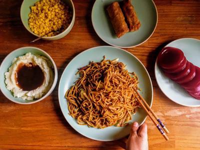Thanksgiving dinner noodles
