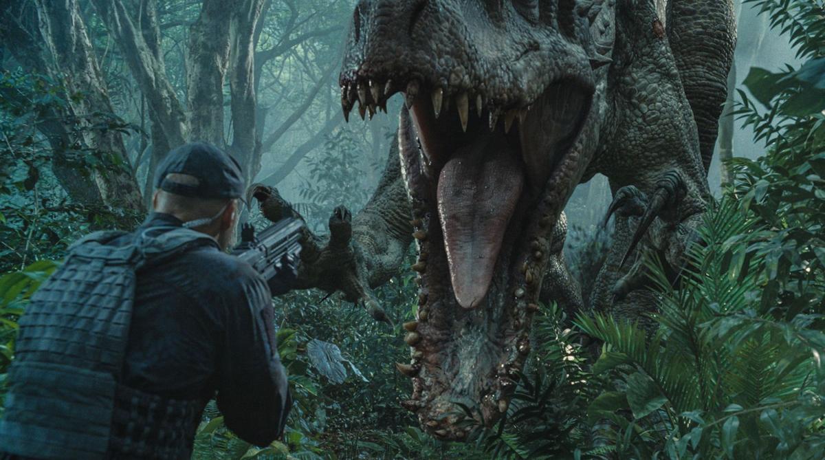 Colin Trevorrow in driver's seat for 'Jurassic World' Pratt evolves into leading man in 'Jurassic World'