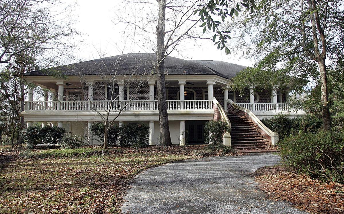 112 Cainhoy Landing Road - Priced at a bargain, prodigious house near Wando River features ornate interior due for makeover