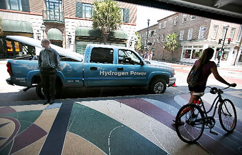 Hydrogen truck turns heads