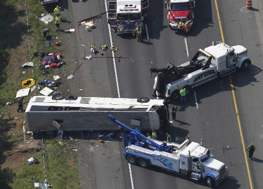 US shuts down SkyExpress buses after fatal crash